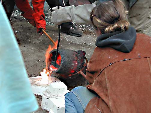 Pouring bronze 3
